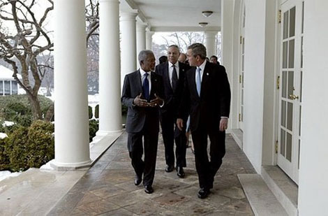 bush-annan-white-house.jpg