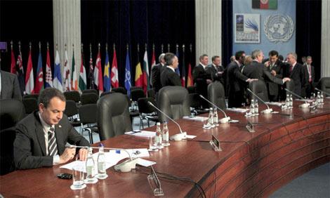 zapatero-nato-summit.jpg