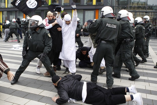 germany salafists solingen protests