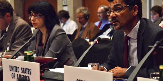 Muslim Lobbyist Represents US at European Human Rights Conference