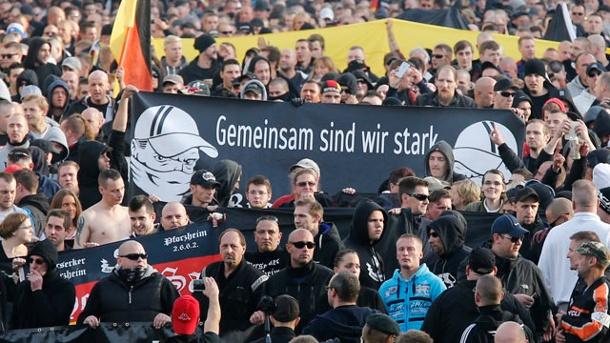 germany hooligans gegen salafisten